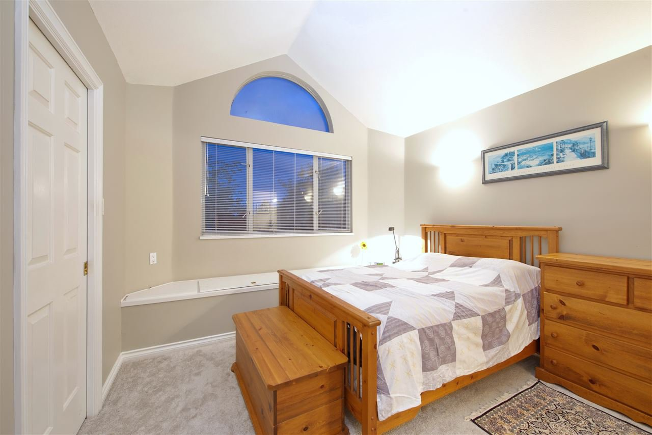 Photo 20: Photos: 125 E 53RD AVENUE in Vancouver: South Vancouver House for sale (Vancouver East)  : MLS®# R2399546