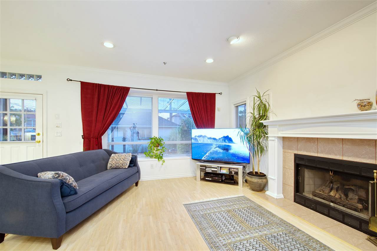 Photo 12: Photos: 125 E 53RD AVENUE in Vancouver: South Vancouver House for sale (Vancouver East)  : MLS®# R2399546