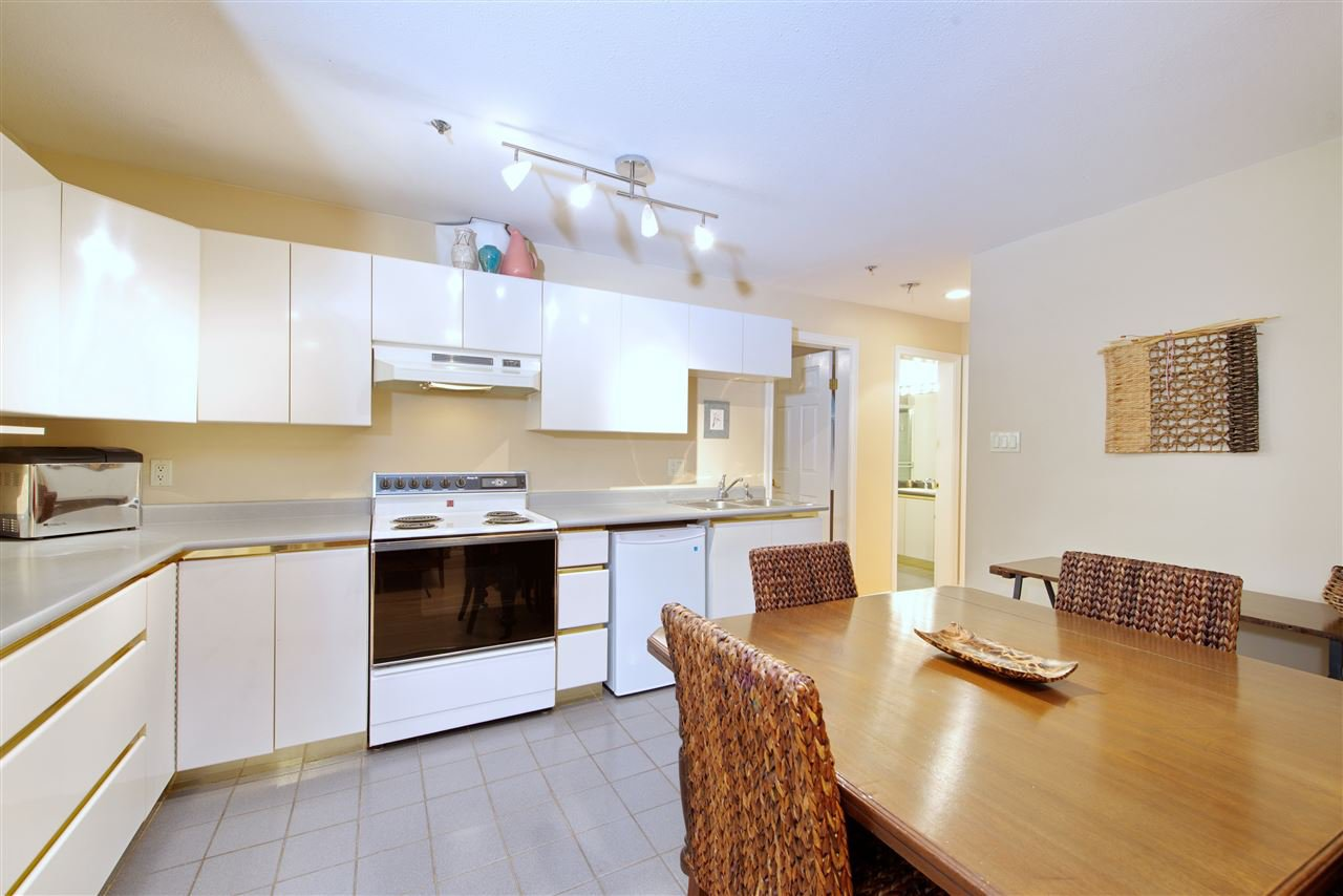 Photo 7: Photos: 125 E 53RD AVENUE in Vancouver: South Vancouver House for sale (Vancouver East)  : MLS®# R2399546