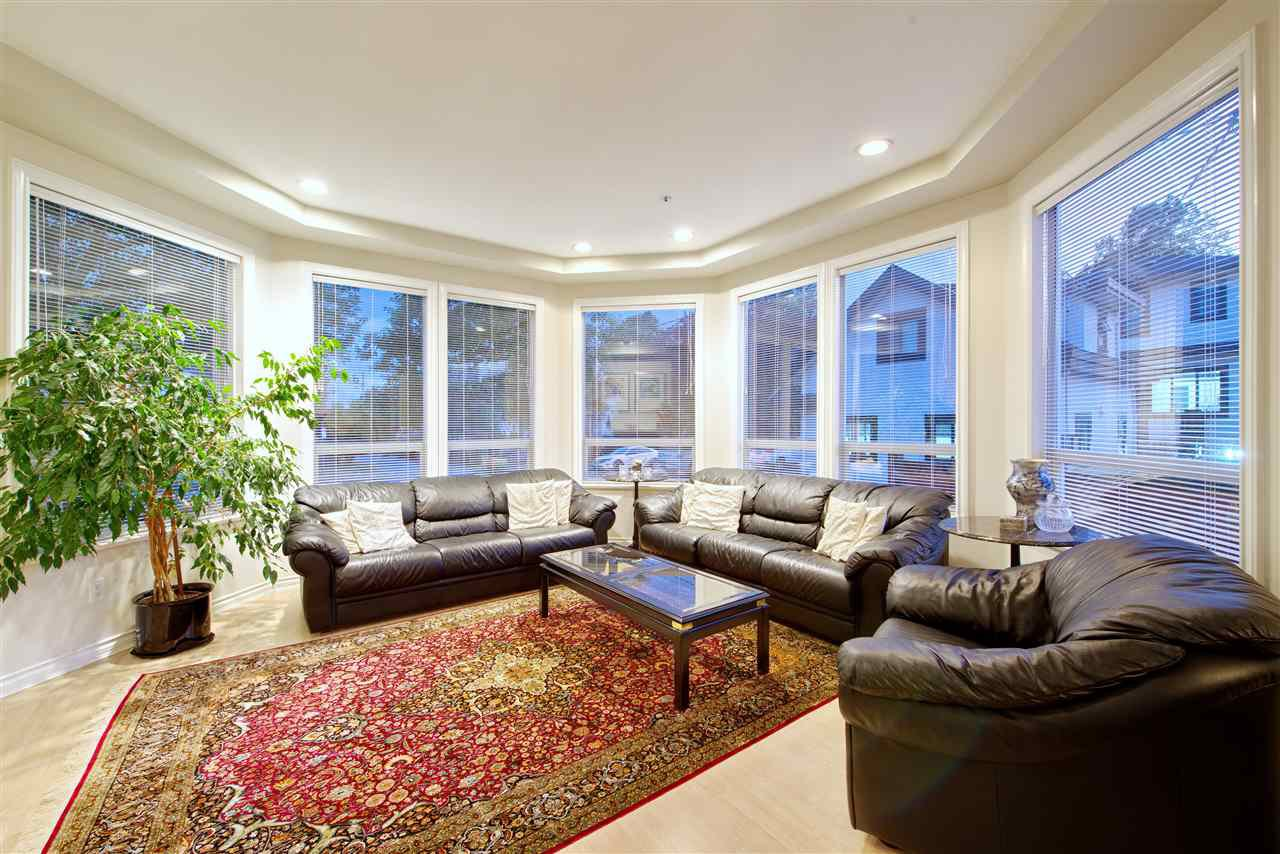 Photo 15: Photos: 125 E 53RD AVENUE in Vancouver: South Vancouver House for sale (Vancouver East)  : MLS®# R2399546