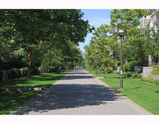 """Photo 10: Photos: 213 6328 LARKIN Drive in Vancouver: University VW Condo for sale in """"JOURNEY"""" (Vancouver West)  : MLS®# V782145"""