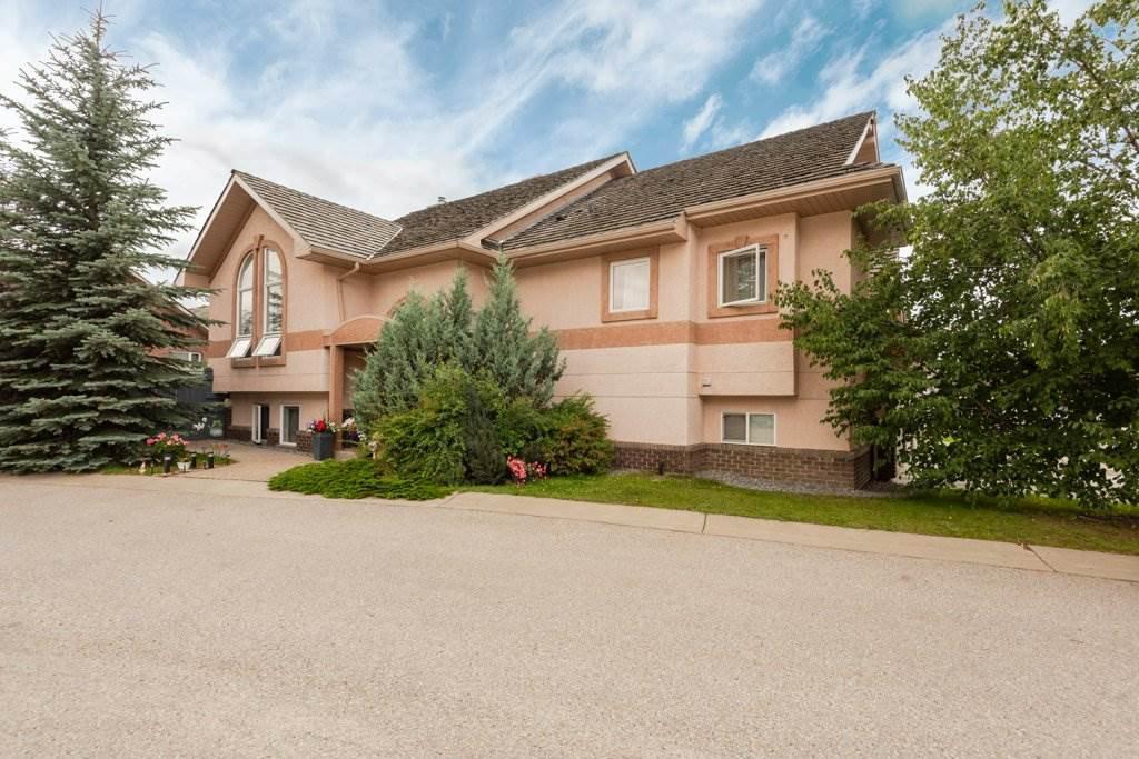 Main Photo: 23 PRESTIGE Point in Edmonton: Zone 22 Condo for sale : MLS®# E4191706