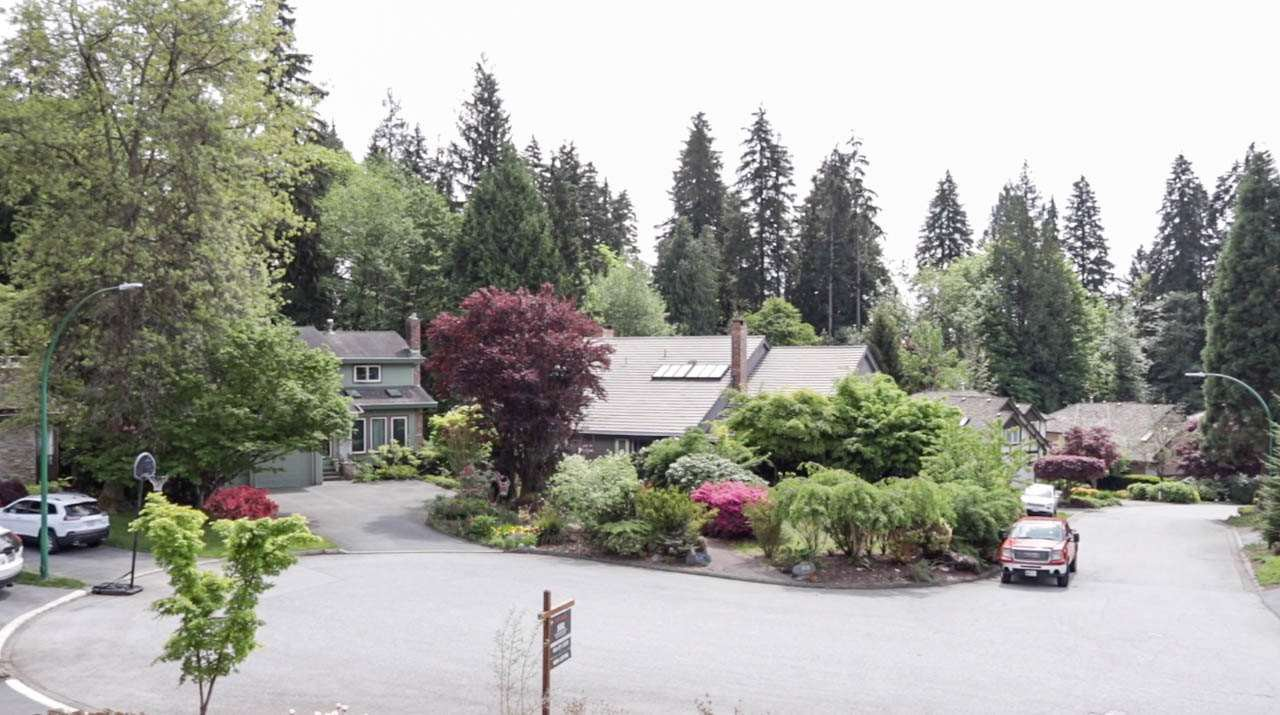 Photo 11: Photos: 3226 HUNTLEIGH Crescent in North Vancouver: Windsor Park NV House for sale : MLS®# R2455773