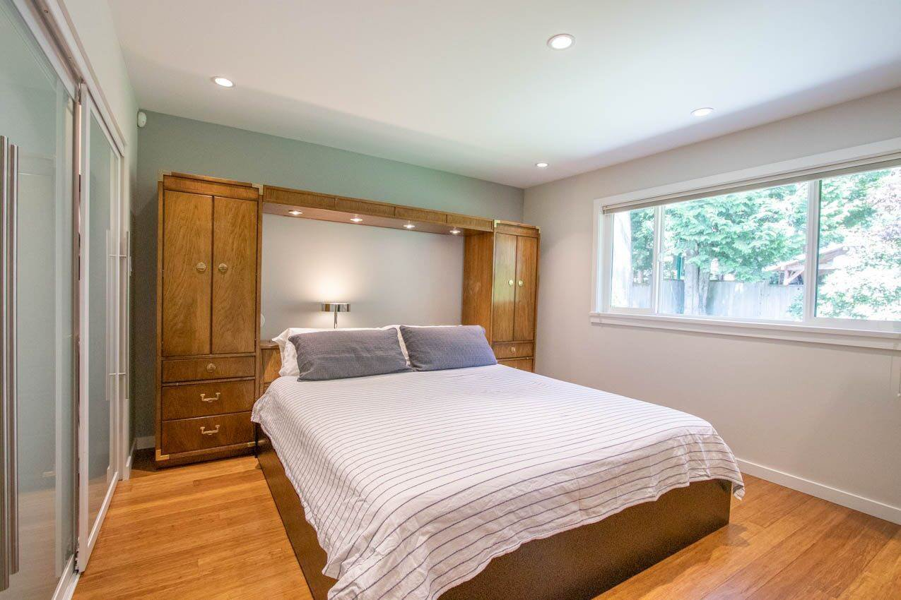 Photo 12: Photos: 3226 HUNTLEIGH Crescent in North Vancouver: Windsor Park NV House for sale : MLS®# R2455773