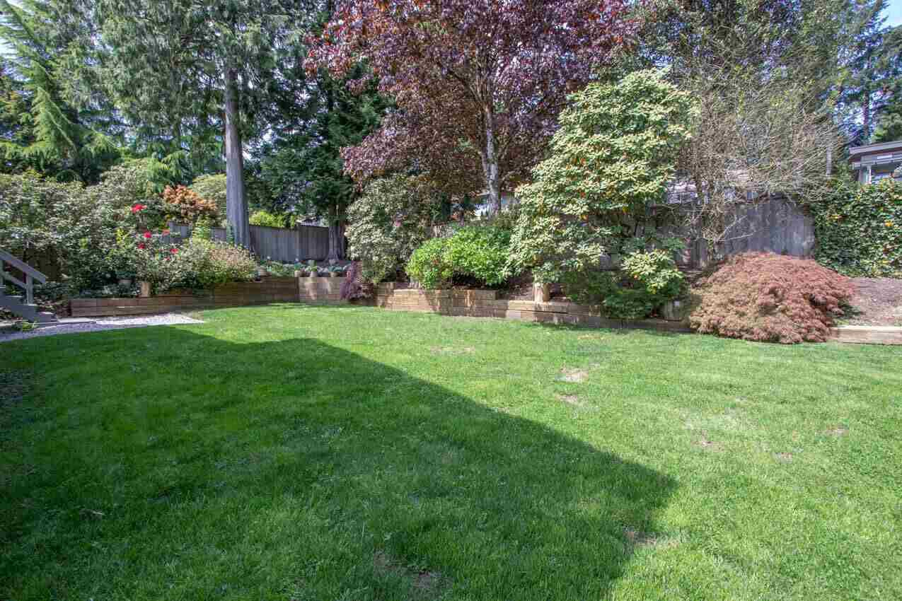 Photo 25: Photos: 3226 HUNTLEIGH Crescent in North Vancouver: Windsor Park NV House for sale : MLS®# R2455773