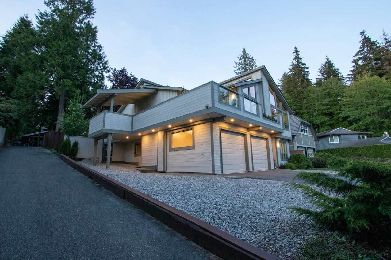 Photo 28: Photos: 3226 HUNTLEIGH Crescent in North Vancouver: Windsor Park NV House for sale : MLS®# R2455773