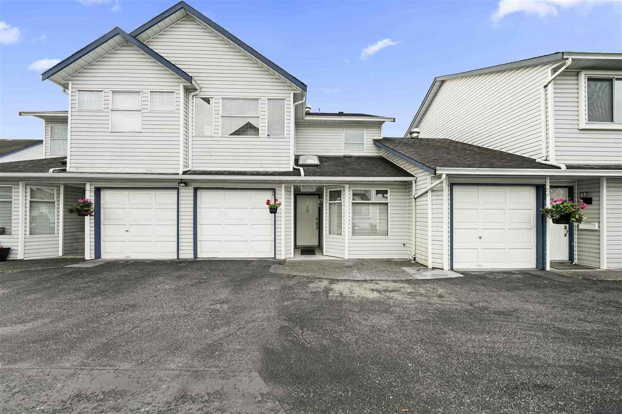 "Main Photo: 20 20625 118 Avenue in Maple Ridge: Southwest Maple Ridge Townhouse for sale in ""Westgate Terrace"" : MLS®# R2508277"