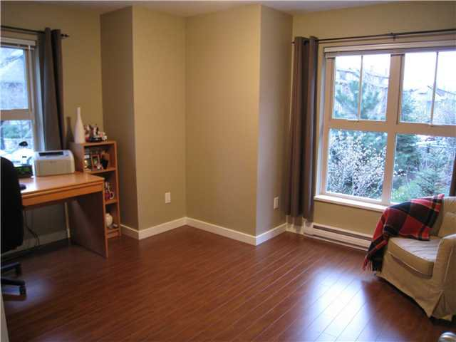 """Photo 9: Photos: 227 625 PARK Crescent in New Westminster: GlenBrooke North Townhouse for sale in """"WESTHAVEN AT QUEENS PARK"""" : MLS®# V820869"""