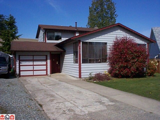 Main Photo: 6157 129A Street in Surrey: Panorama Ridge House for sale : MLS®# F1009553