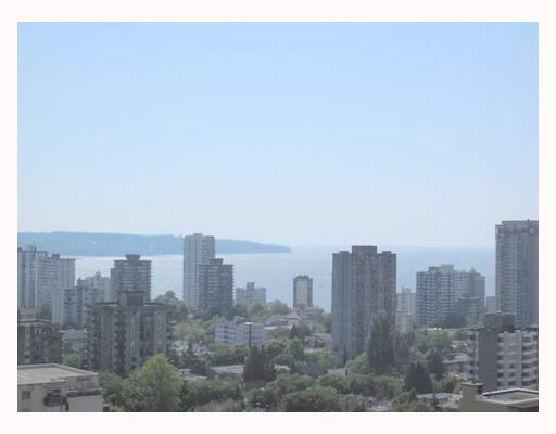 "Main Photo: 2003 717 JERVIS Street in Vancouver: West End VW Condo for sale in ""EMERALD WEST"" (Vancouver West)  : MLS®# V768413"