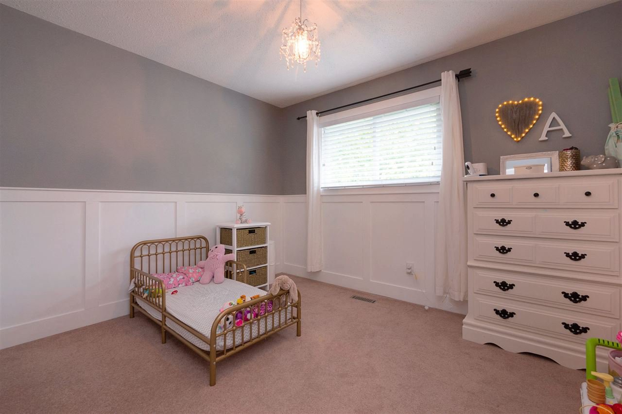 Photo 10: Photos: 3065 MCCRAE Street in Abbotsford: Abbotsford East House for sale : MLS®# R2399298