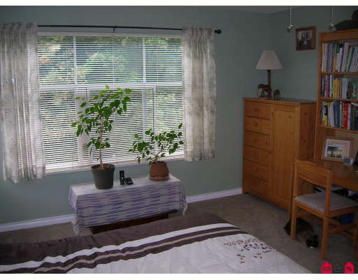 """Photo 6: Photos: 206 5776 200TH Street in Langley: Langley City Condo for sale in """"Glenwood Manor"""" : MLS®# F2918717"""