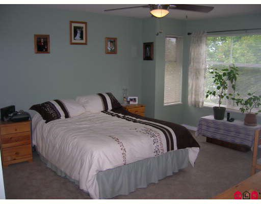 """Photo 7: Photos: 206 5776 200TH Street in Langley: Langley City Condo for sale in """"Glenwood Manor"""" : MLS®# F2918717"""