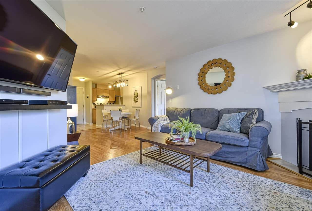 """Photo 10: Photos: 314 5500 ANDREWS Road in Richmond: Steveston South Condo for sale in """"SOUTHWATER"""" : MLS®# R2482952"""