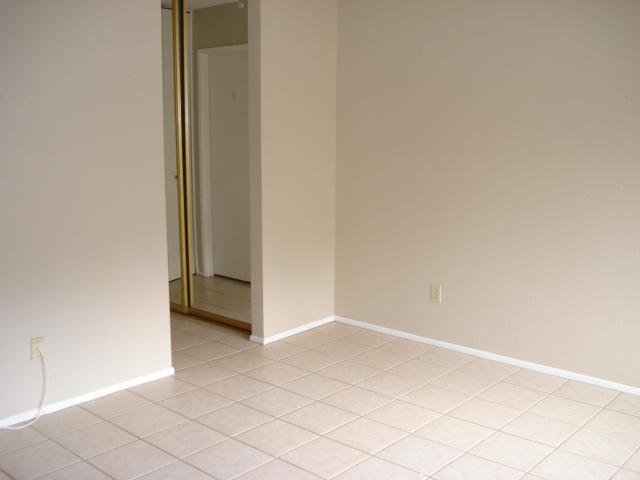 Photo 7: Photos: NORTH ESCONDIDO House for sale : 3 bedrooms : 1689 Madrone Glen in Escondido