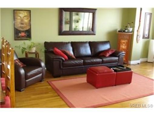 Main Photo:  in VICTORIA: VW Victoria West Condo Apartment for sale (Victoria West)  : MLS®# 455548
