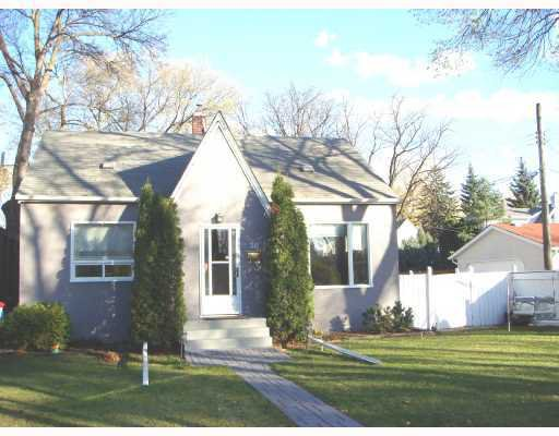 Main Photo: 26 FERNDALE Avenue in WINNIPEG: St Boniface Residential for sale (South East Winnipeg)  : MLS®# 2903627
