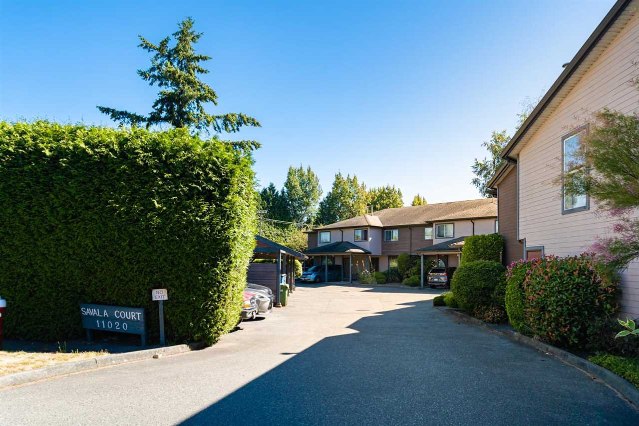 "Main Photo: 9 11020 NO. 1 Road in Richmond: Steveston South Townhouse for sale in ""SAVALA COURT"" : MLS®# R2482406"