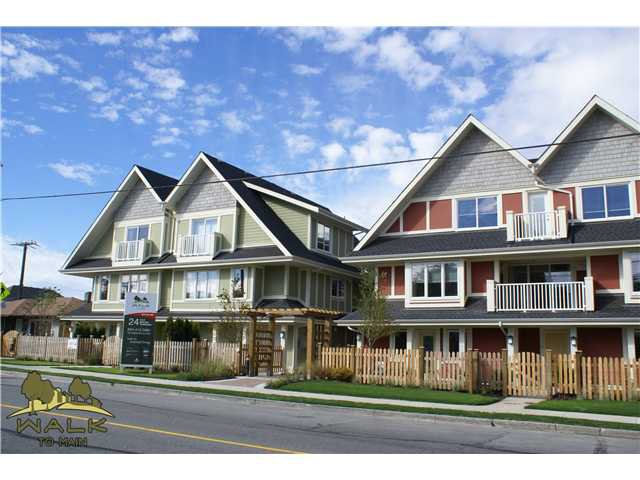 """Main Photo: 3 315 E 33RD Avenue in Vancouver: Main Townhouse for sale in """"WALK TO MAIN"""" (Vancouver East)  : MLS®# V834983"""