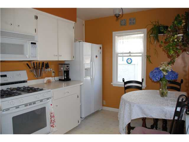 """Photo 10: Photos: 1932 DUBLIN Street in New Westminster: West End NW House  in """"WESTEND"""" : MLS®# V841512"""