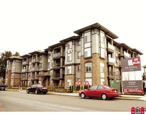 "Main Photo: 208 33338 MAYFAIR Avenue in Abbotsford: Central Abbotsford Condo for sale in ""The Sterling"" : MLS®# F2823530"