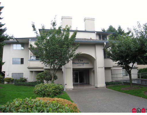 "Main Photo: 302 33675 MARSHALL Road in Abbotsford: Central Abbotsford Condo for sale in ""THE HUNTINGDON"" : MLS®# F2829300"