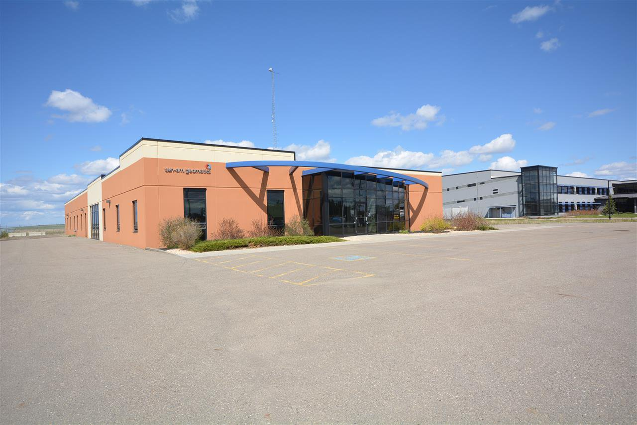 Main Photo: 6604 100 Avenue in Fort St. John: Fort St. John - City NE Office for lease (Fort St. John (Zone 60))  : MLS®# C8028919