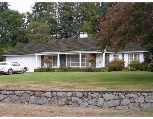 Main Photo: 543 NEWCROFT PL, Cedardale, West Vancouver, BC, V7T 1W9 in West Vancouver: Cedardale Residential Detached for sale : MLS®# V787748