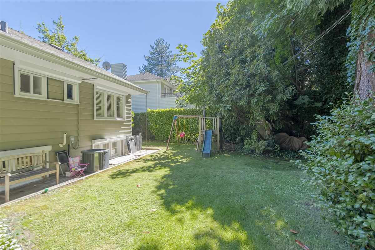 Photo 20: Photos: 6089 BLENHEIM Street in Vancouver: Southlands House for sale (Vancouver West)  : MLS®# R2494439