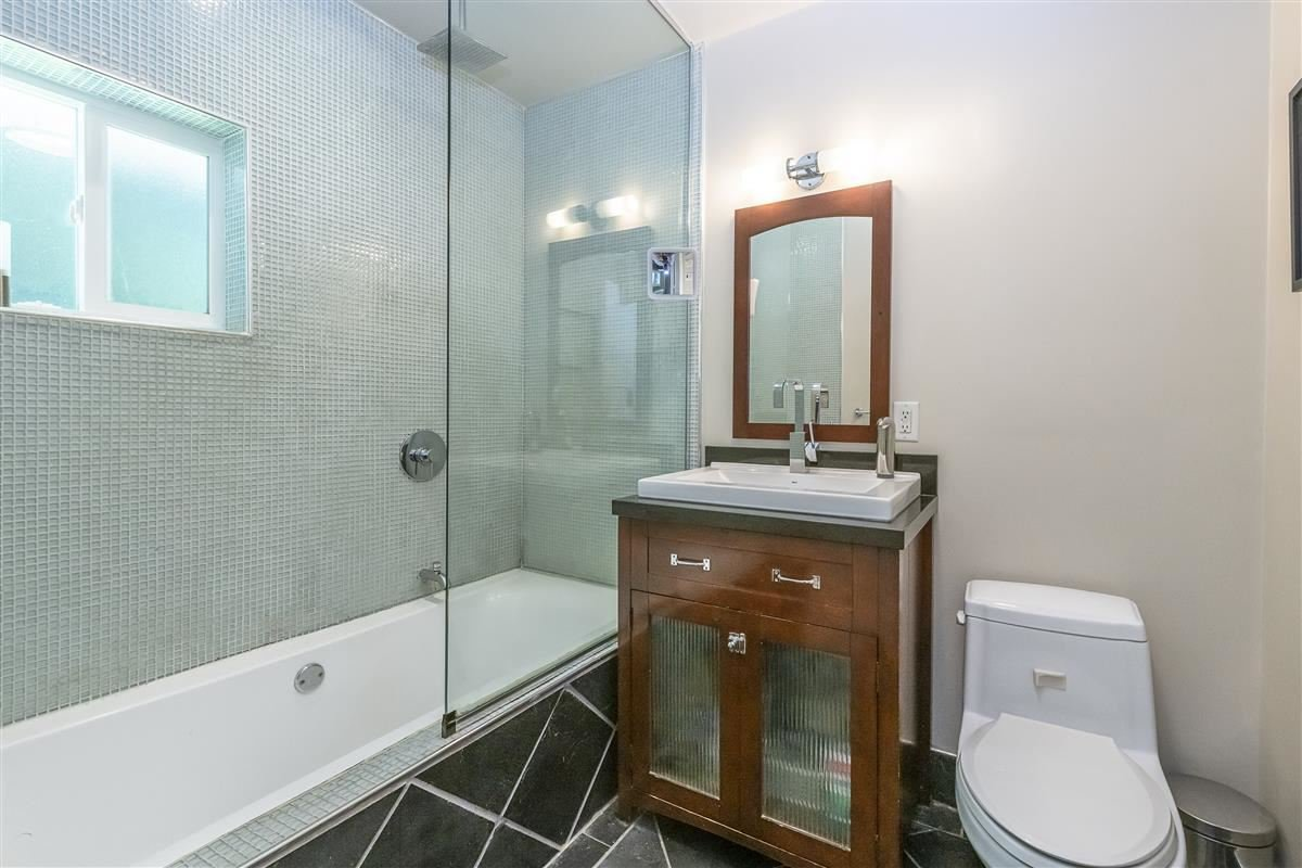 Photo 10: Photos: 6089 BLENHEIM Street in Vancouver: Southlands House for sale (Vancouver West)  : MLS®# R2494439