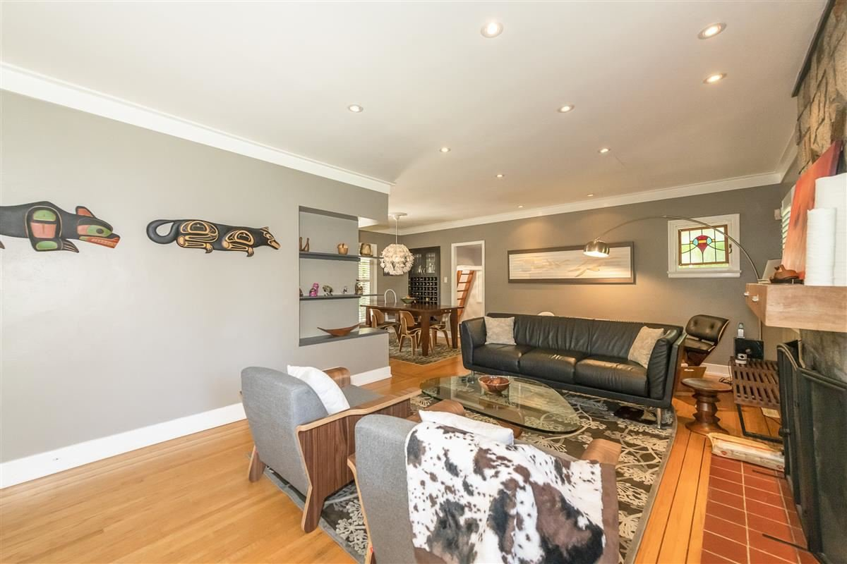 Photo 4: Photos: 6089 BLENHEIM Street in Vancouver: Southlands House for sale (Vancouver West)  : MLS®# R2494439