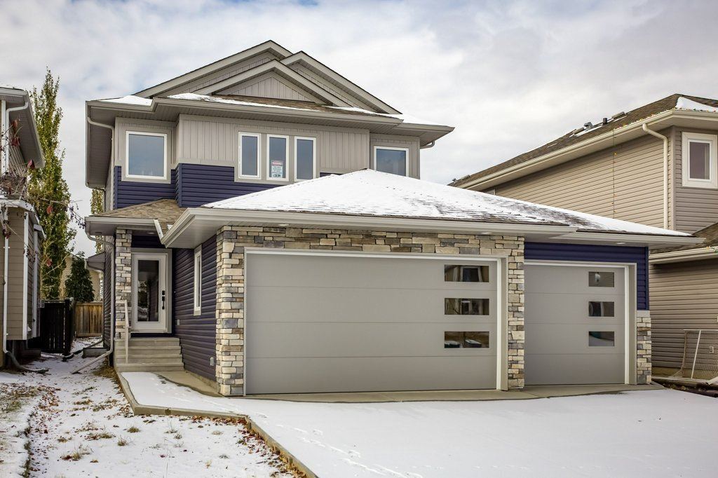 Main Photo: 10118 96 Street: Morinville House for sale : MLS®# E4218131