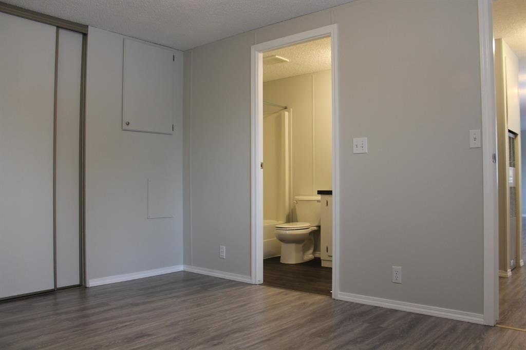 Photo 9: Photos: 75 9090 24 Street SE in Calgary: Riverbend Mobile for sale : MLS®# A1049275