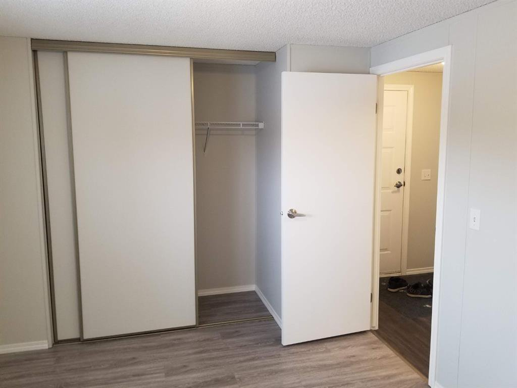 Photo 8: Photos: 75 9090 24 Street SE in Calgary: Riverbend Mobile for sale : MLS®# A1049275