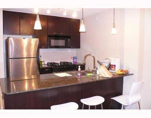 "Photo 3: Photos: 312 7138 COLLIER Street in Burnaby: VBSHG Condo for sale in ""STANFORD HOUSE"" (Burnaby South)  : MLS®# V733239"