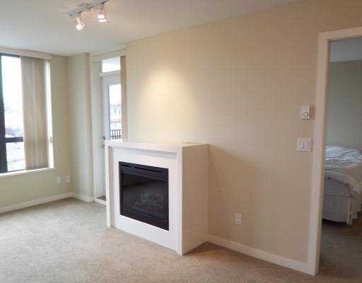"Photo 5: Photos: 312 7138 COLLIER Street in Burnaby: VBSHG Condo for sale in ""STANFORD HOUSE"" (Burnaby South)  : MLS®# V733239"