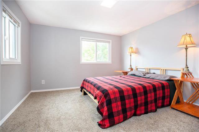 Photo 9: Photos: 470 Walker Avenue in Winnipeg: Fort Rouge Residential for sale (1Aw)  : MLS®# 1926182