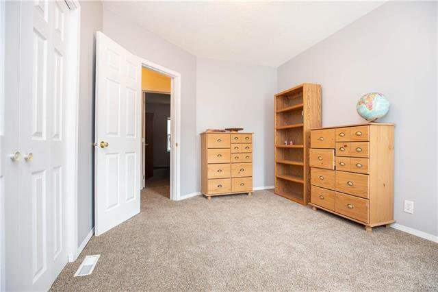 Photo 12: Photos: 470 Walker Avenue in Winnipeg: Fort Rouge Residential for sale (1Aw)  : MLS®# 1926182