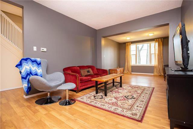 Photo 2: Photos: 470 Walker Avenue in Winnipeg: Fort Rouge Residential for sale (1Aw)  : MLS®# 1926182
