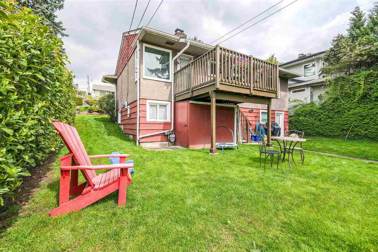 Photo 20: Photos: 116 GLOVER Avenue in New Westminster: GlenBrooke North House for sale : MLS®# R2394361