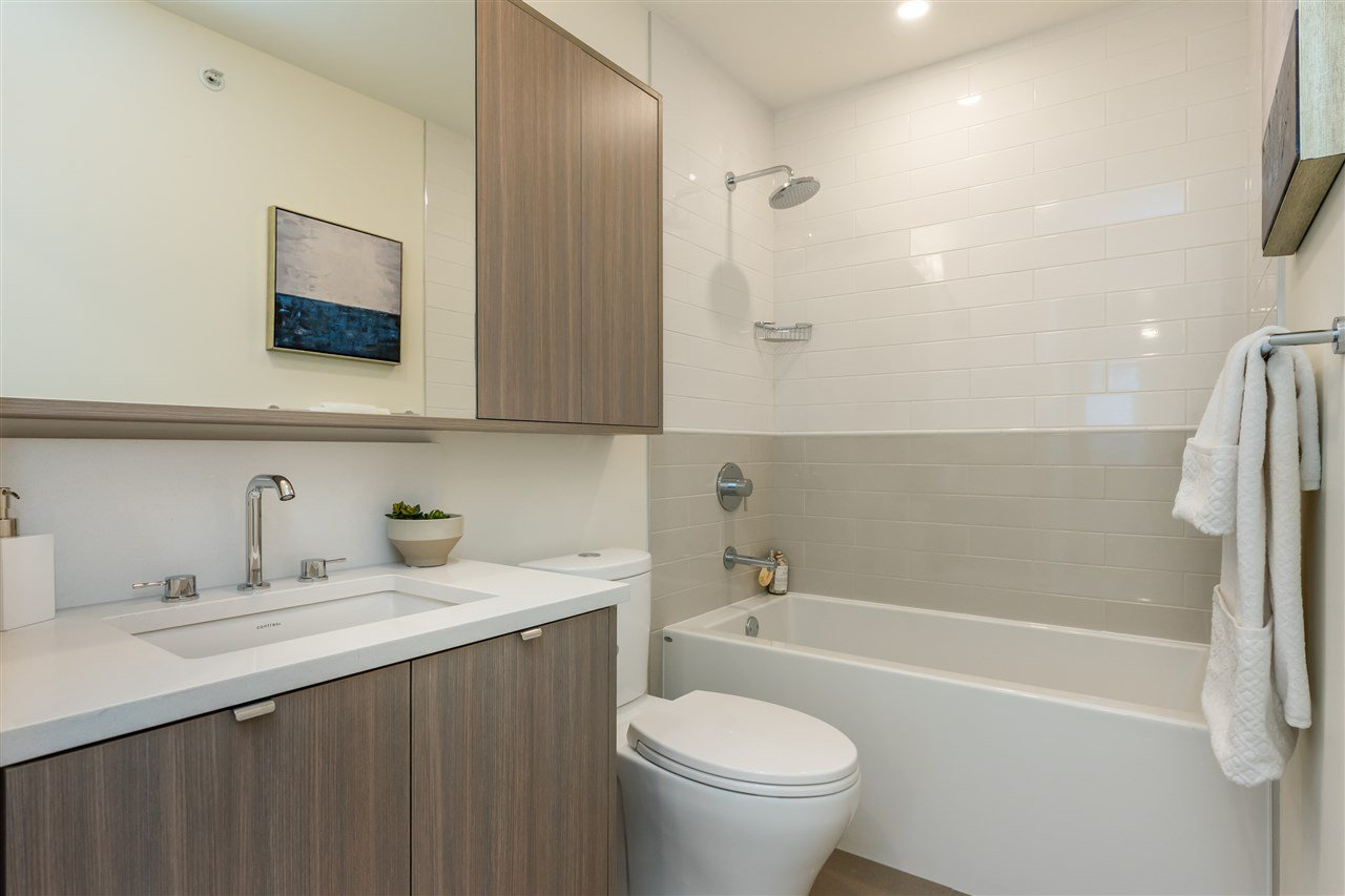 """Photo 16: Photos: 101 7947 209 Street in Langley: Willoughby Heights Townhouse for sale in """"Luxia"""" : MLS®# R2441402"""
