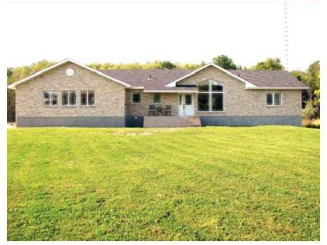 Main Photo: 77088 Pearson Drive in TYNDALL: Beausejour / Tyndall Residential for sale (Winnipeg area)  : MLS®# 1000498