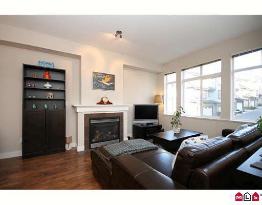 "Main Photo: 51 19932 70TH Avenue in Langley: Willoughby Heights Townhouse for sale in ""SUMMERWOOD"" : MLS®# F2905524"