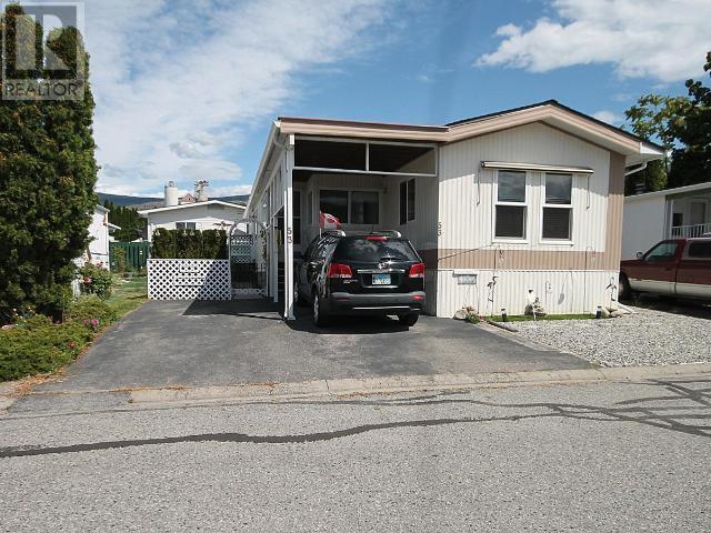 Main Photo: 53 - 98 OKANAGAN AVE E in Penticton: House for sale : MLS®# 179846