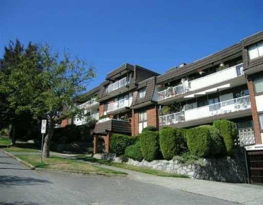 "Main Photo: 207 331 KNOX Street in New Westminster: Sapperton Condo for sale in ""WESTMOUNT ARMS"" : MLS®# V798218"