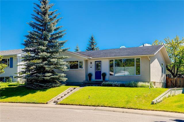 Main Photo: 6124 LEWIS Drive SW in Calgary: Lakeview Detached for sale : MLS®# C4293385