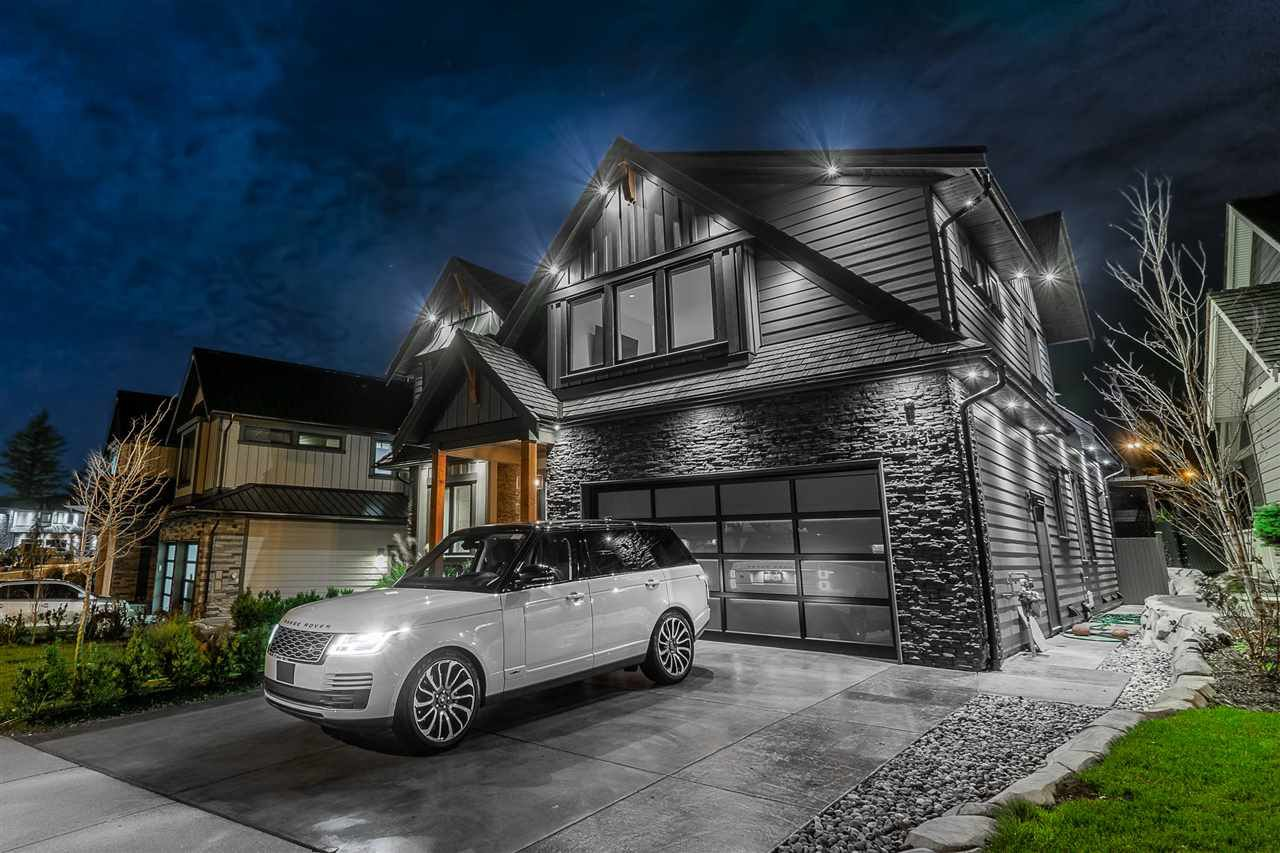 """Photo 2: Photos: 35405 EAGLE SUMMIT Drive in Abbotsford: Abbotsford East House for sale in """"The Summit At Eagle Mountian"""" : MLS®# R2456886"""