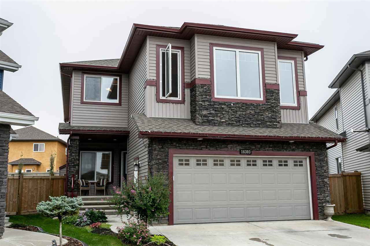 Main Photo: 16303 135 Street in Edmonton: Zone 27 House for sale : MLS®# E4203669