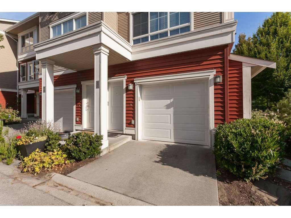 "Main Photo: 87 19505 68A Avenue in Surrey: Clayton Townhouse for sale in ""Clayton Rise"" (Cloverdale)  : MLS®# R2488199"