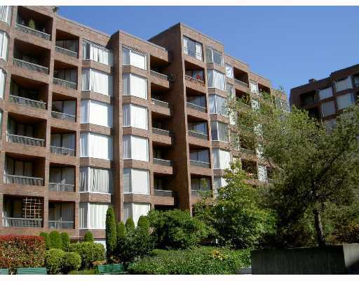 """Main Photo: 216 1330 BURRARD Street in Vancouver: Downtown VW Condo for sale in """"ANCHOR PONT I"""" (Vancouver West)  : MLS®# V802029"""